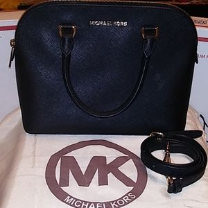 "Michael Kors ""Cindy"" Med. Dome"